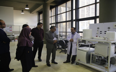 Dr Tavassoli Visited the membrane and water research laboratory of the Persian Gulf University